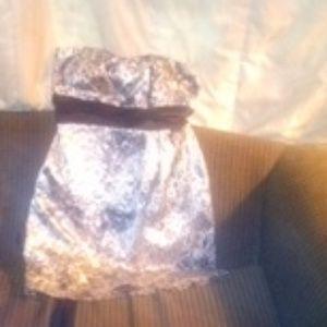 Speechless size 9 halter silk dress
